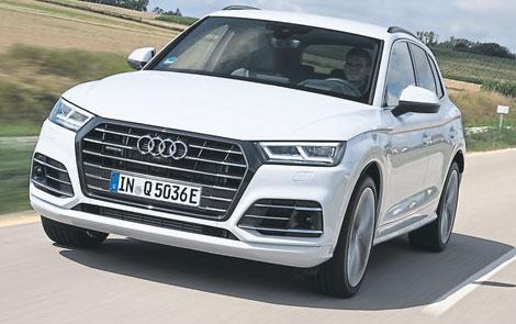 Audi setzt seine Elektrifizierungs-Offensive mit Hochdruck fort: Mit dem Q5 TFSI e erweitert Audi sein Angebot an Plug-in-Hybriden für eine nachhaltige Mobilität.
